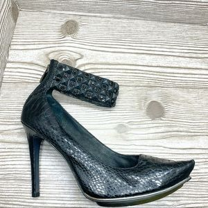 Sam Edelman black snakeskin studded heel point tie